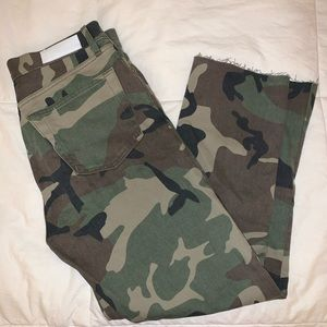 NWOT Re/Done Camo Jeans